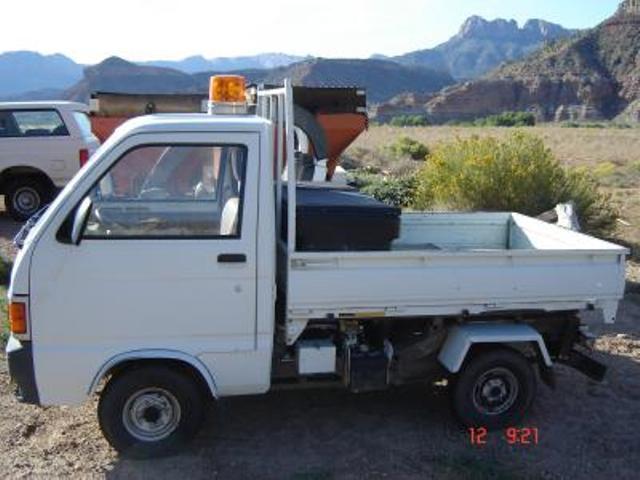 Diahatsu Hyjet Microvan Pickup Truck