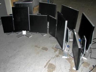 10 monitors