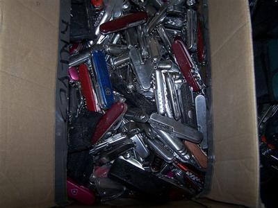300Knives