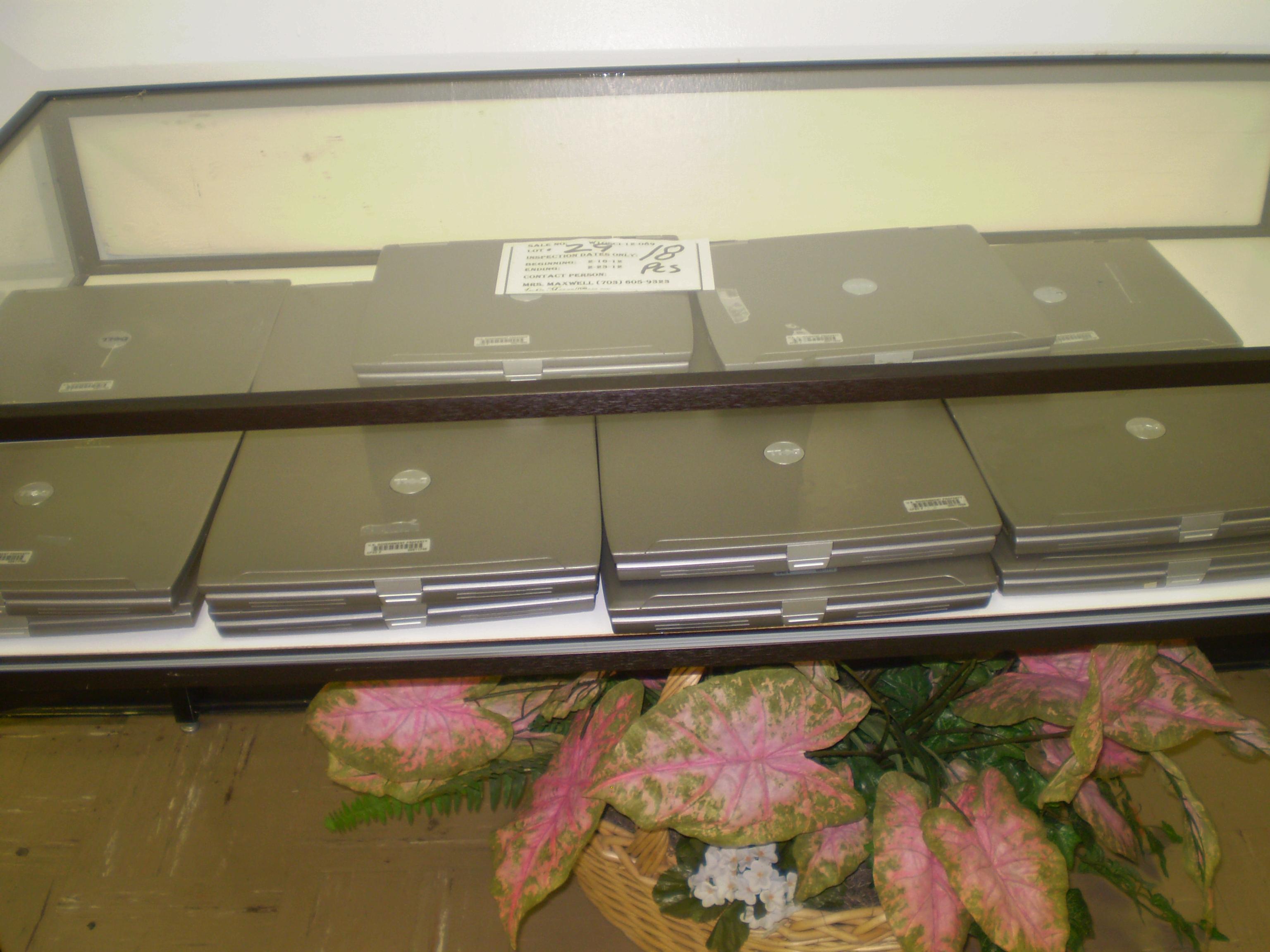 18 Dell Laptops