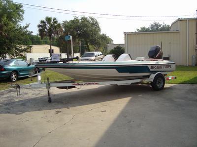 1996 Skeeter Boat