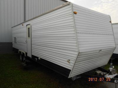 2005 Coachman Travel Trailer