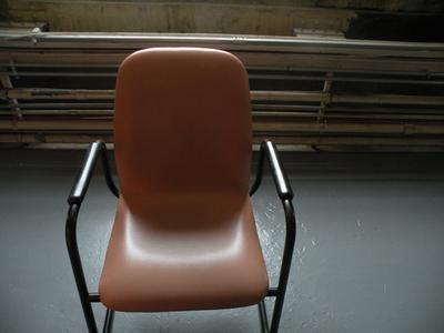 24 Vinyl Chairs