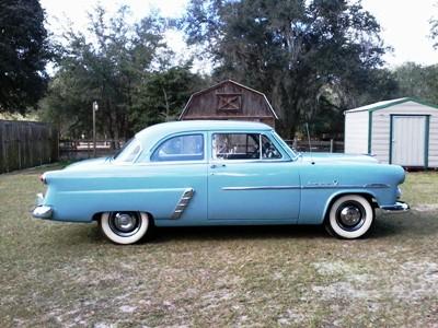 1952 ford customline sedan a 52 beauty in blue for 1952 ford customline 2 door
